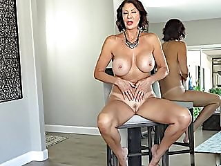 granny,hd videos,cougar