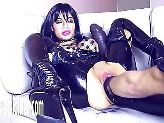 sex toy,gaping,latex