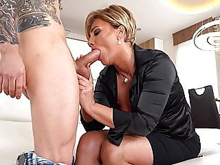 blowjob,mature,hd videos